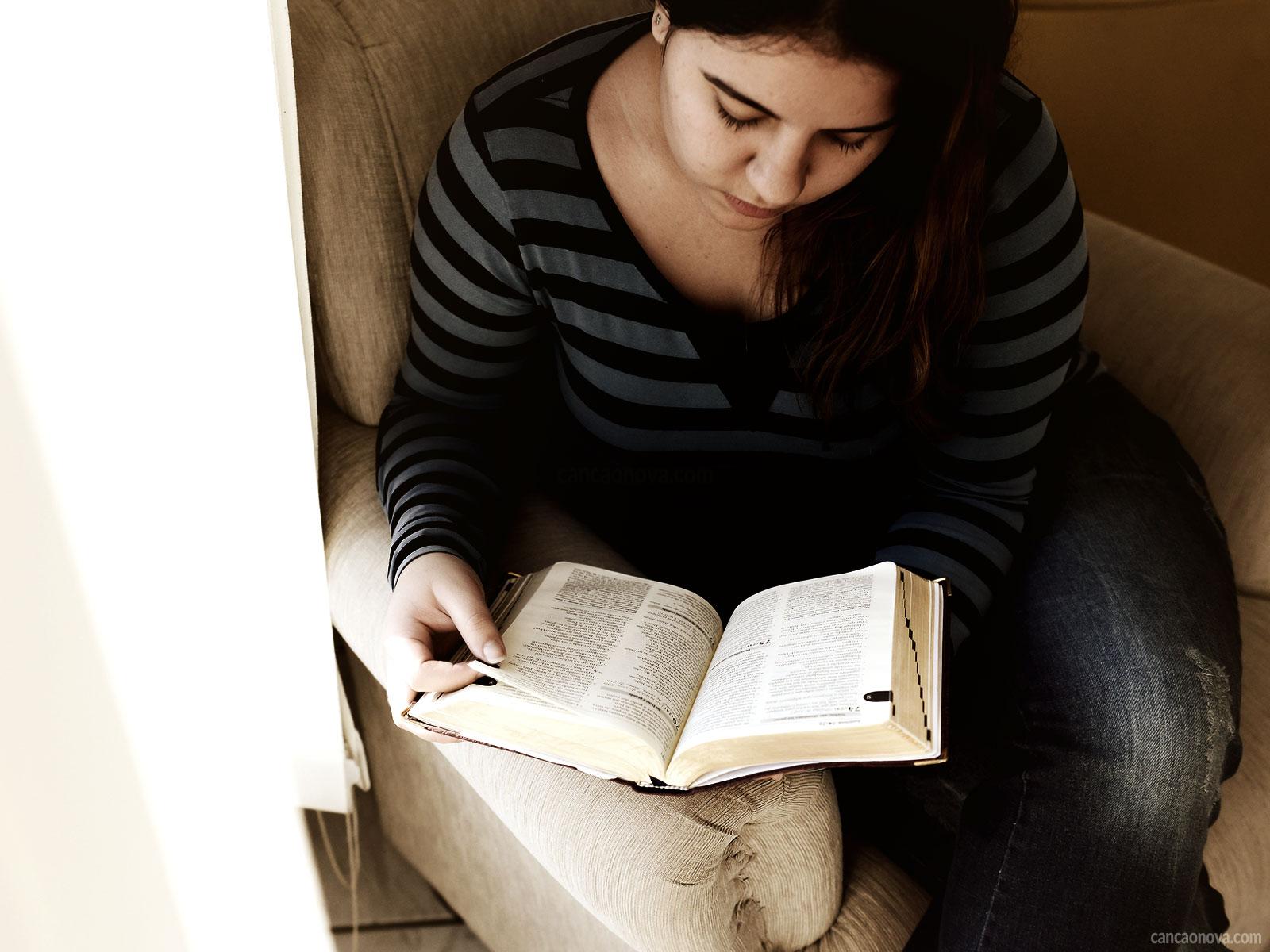 Confira-algumas-dicas-práticas-para-realizar-a-leitura-da-Palavra
