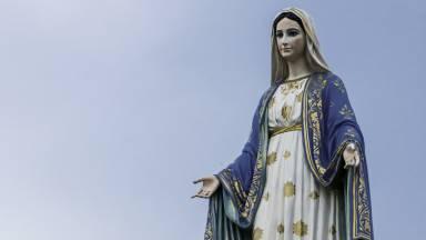 A presença da Virgem Maria na vida de cada um de nós