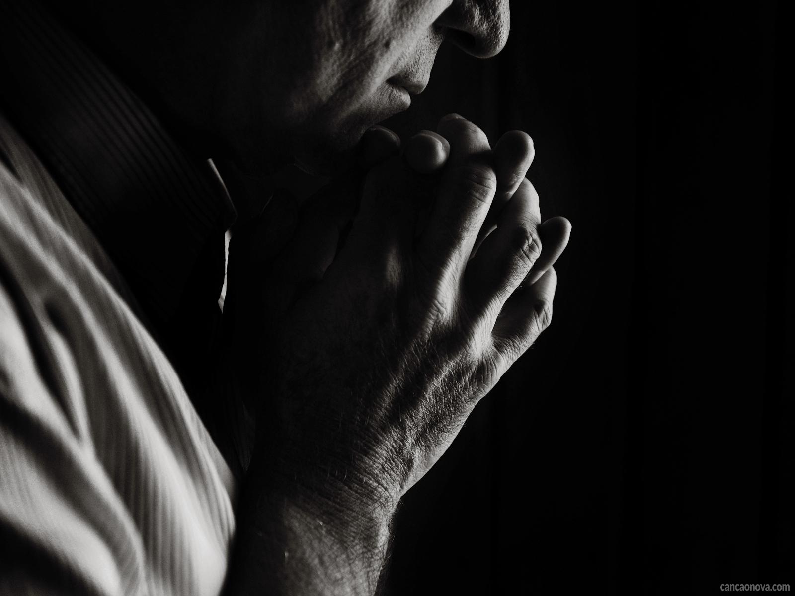 Escutando-a-Deus-a-história-que-poderia-ser-a-nossa