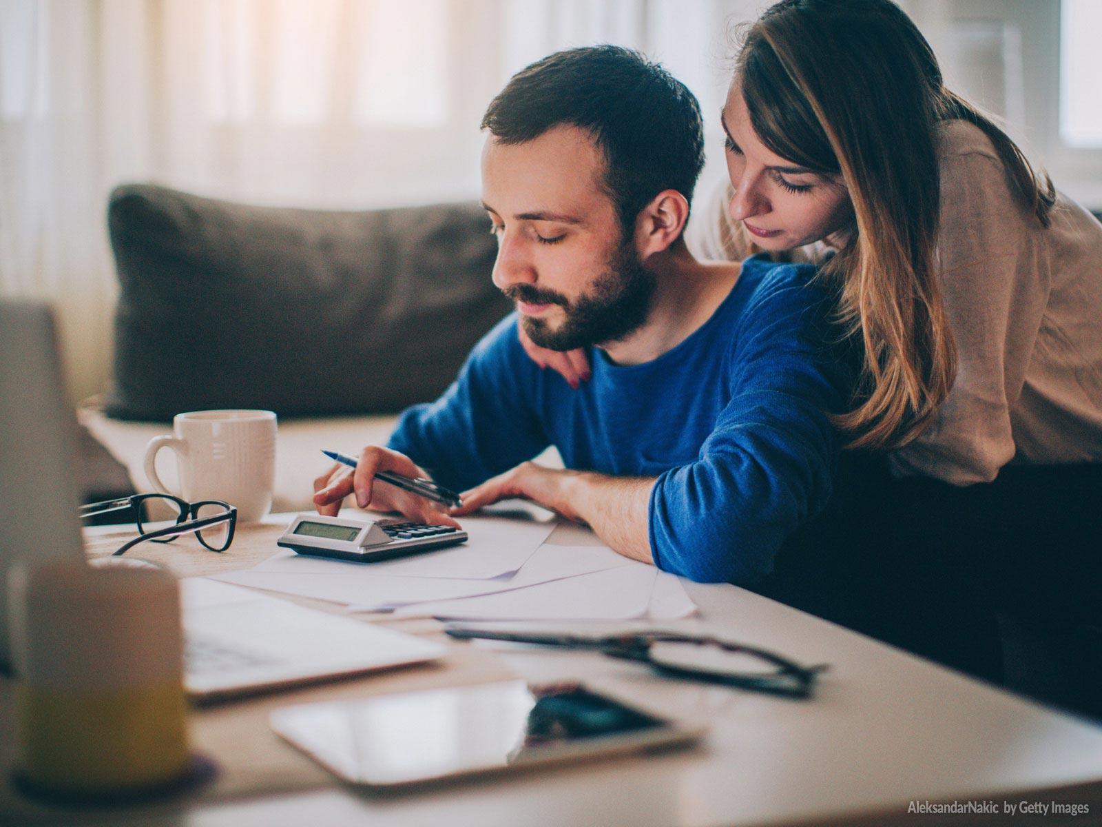Como os casais de fé planejam o orçamento familiar
