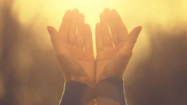 O que é uma oração de cura e libertação?