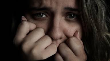 Quais são os sintomas do ataque de pânico?