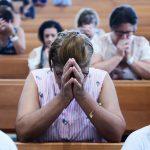 Reflita e conheça um pouco mais sobre os mandamentos da Igreja
