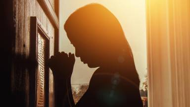 Vamos juntos refletir sobre o segundo mandamento da Lei de Deus