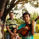Como o relacionamento familiar contribui para a saúde mental dos filhos?