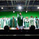 Quais as bênçãos solenes que a Igreja ministra?