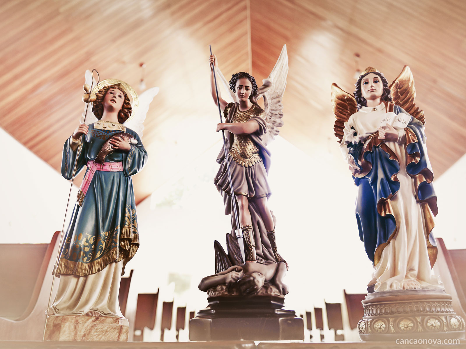 Entenda sobre a função angélica dos anjos e seus poderes