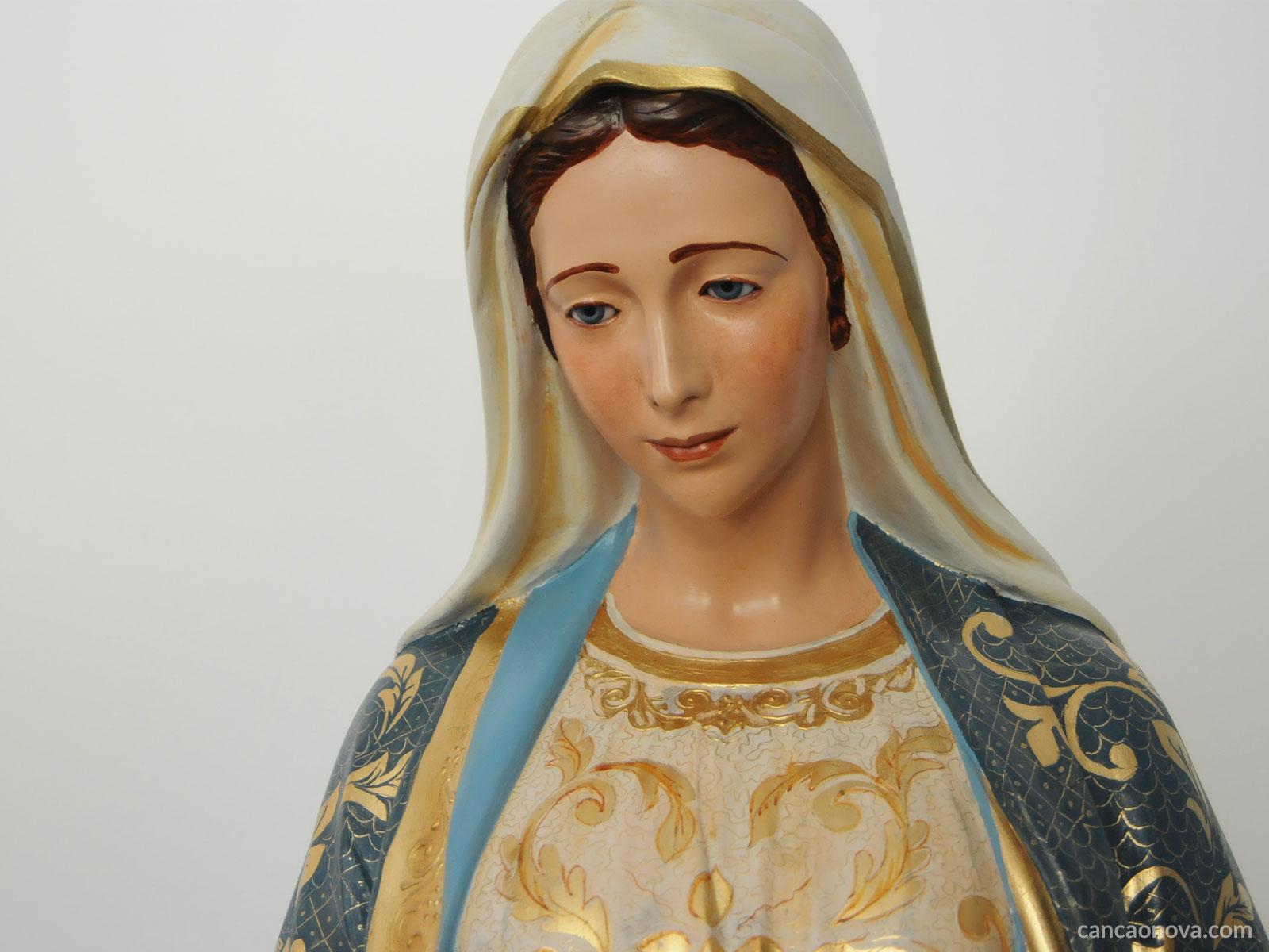 Nossa Senhora, mulher conduzida ao impossível