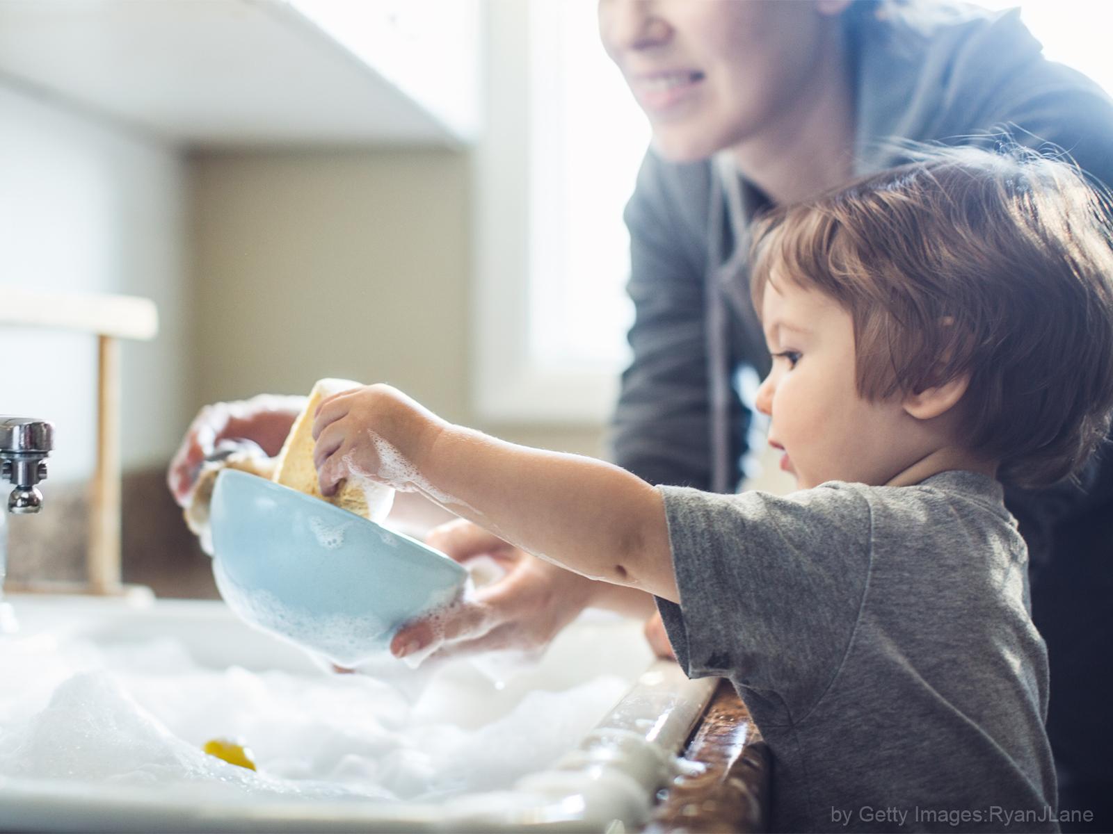 Tarefas domésticas e filhos como inseri-los nesta rotina?