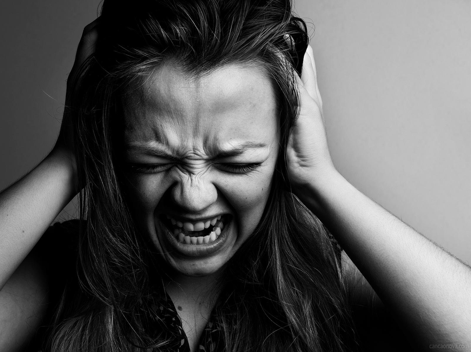 Como identificar se tenho descontrole emocional?