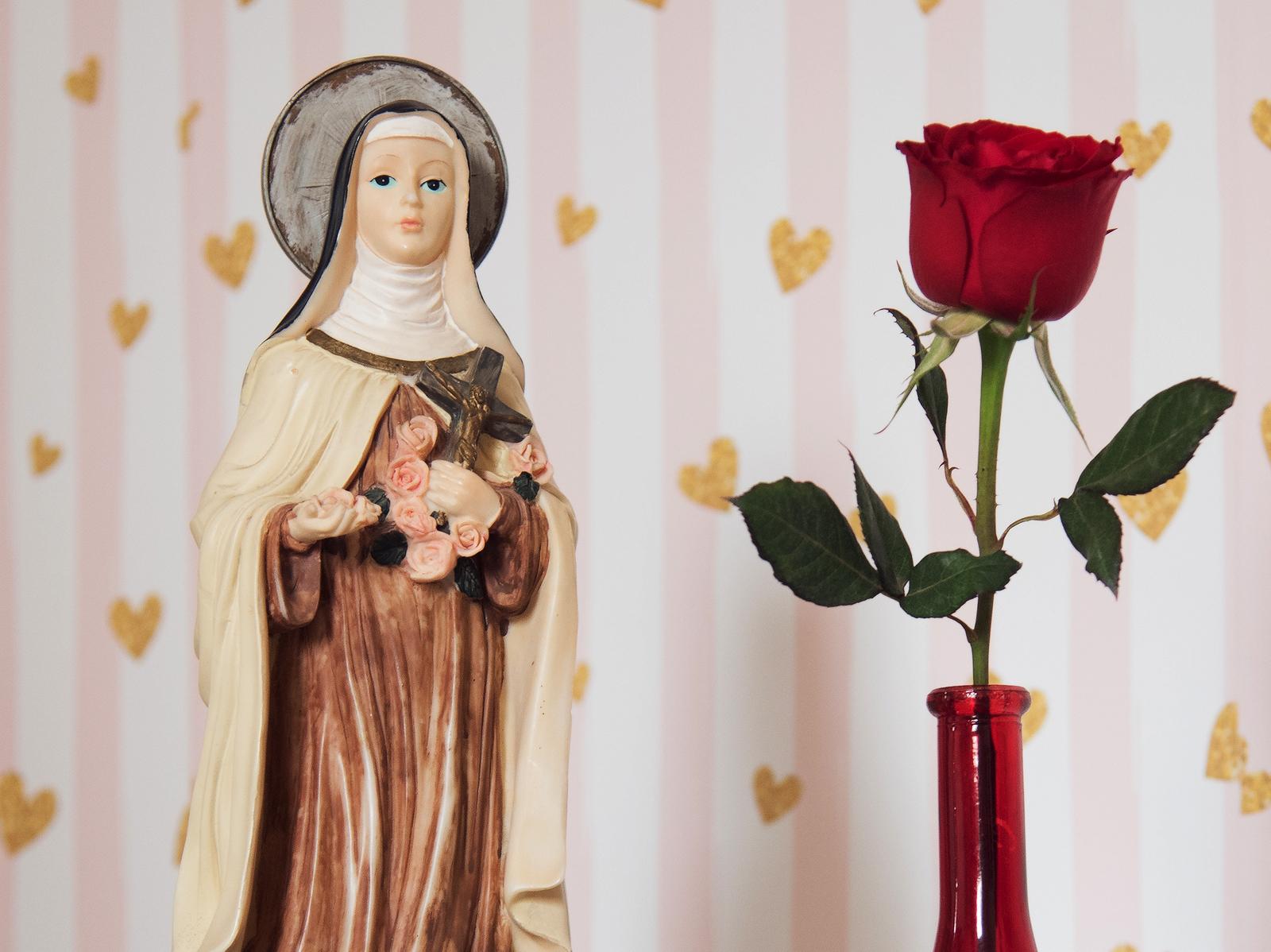 Documentário sobre Santa Teresinha