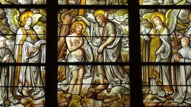 Como Deus age através dos sinais sagrados?