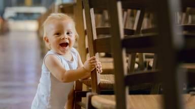 O que fazer quando a criança sente fome ou chora durante a Missa?