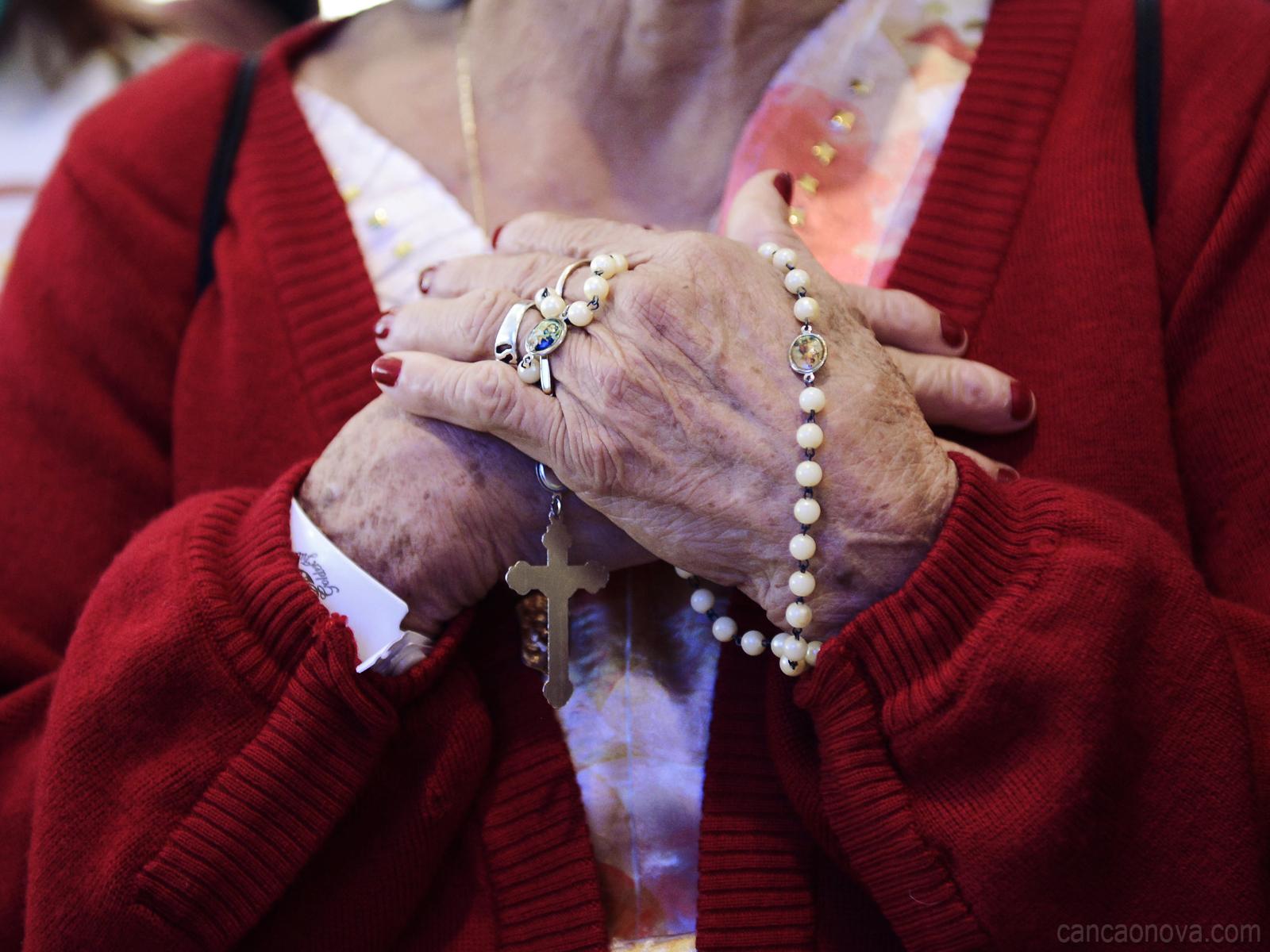 Terço do Perdão das Mães que Oram pelos Filhos