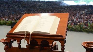 Estejamos atentos à leitura da Santa Missa