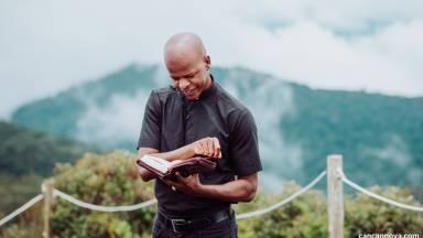Silencie para escutar a Palavra de Deus | Dia 33