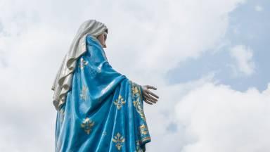 A caridade ardente de Maria