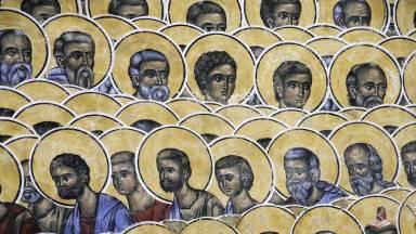 Formação contínua de catequistas: ensinar sobre os santos da Igreja