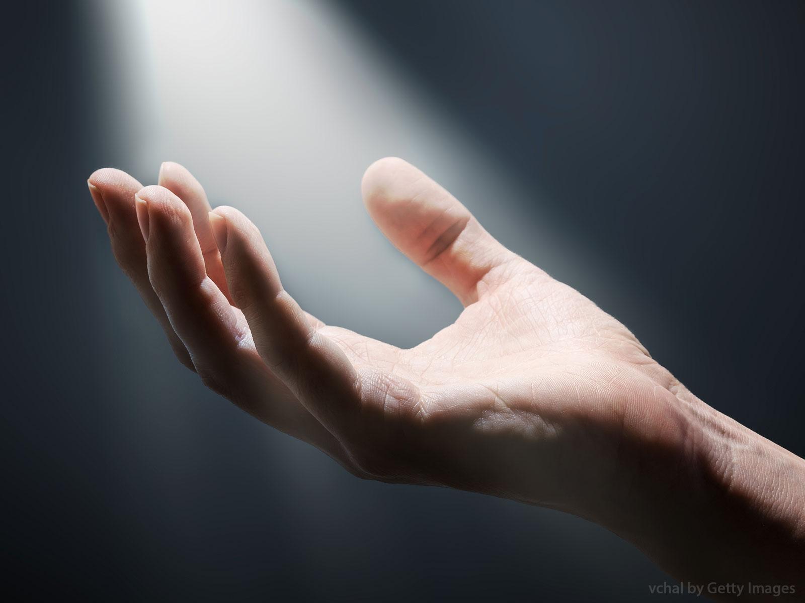 Formação contínua de catequistas falando de milagres