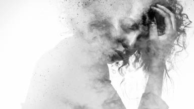 Como é a reconstrução da pessoa como um ser sensível?