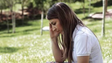 Como acalmar os pensamentos por meio da oração?
