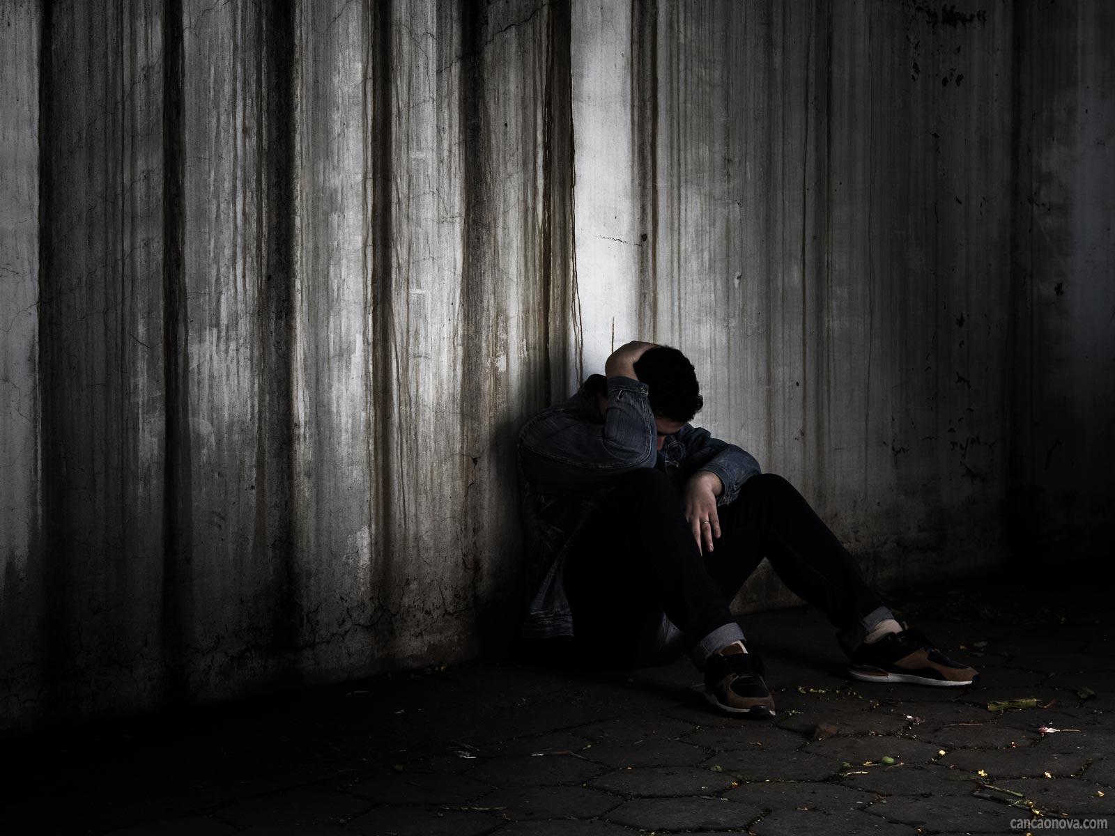 Conheça os cinco principais mitos que permeiam a questão do suicídio