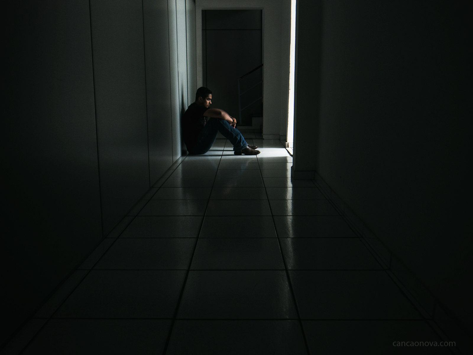 O suicídio precisa ser visto com atenção