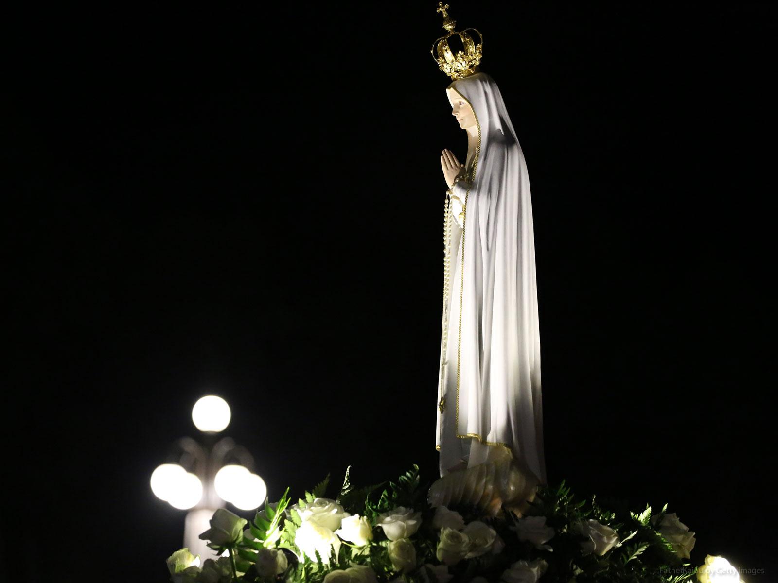 A devoção a Maria na oração católica