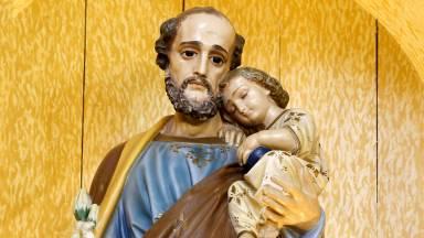 São José, o artesão do silêncio