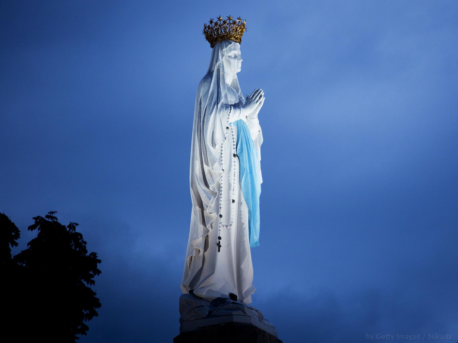 A Virgem Imaculada de Lourdes