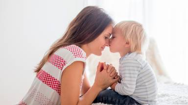 Tal mãe, tal filho fala sobre o papel espiritual da mãe