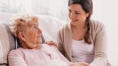 Relação de amor e cuidado com os pais na velhice?
