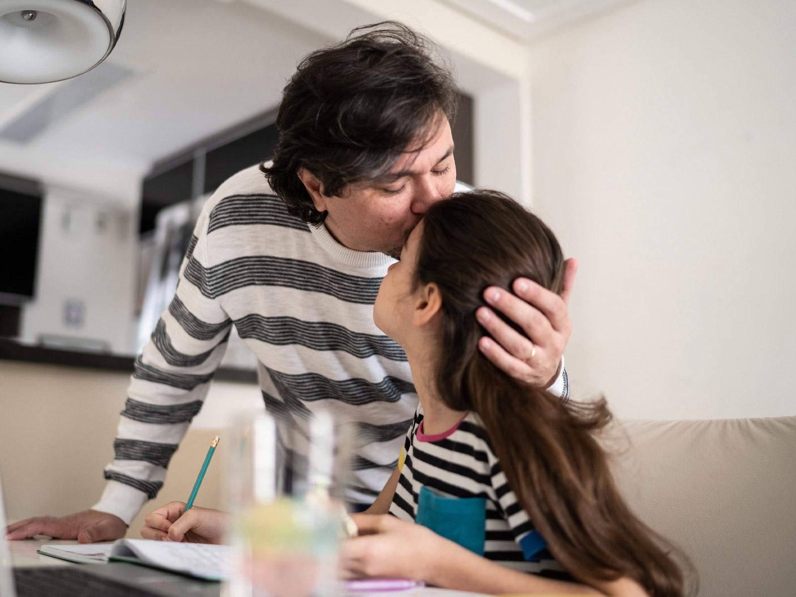 Como restaurar a educação na família?
