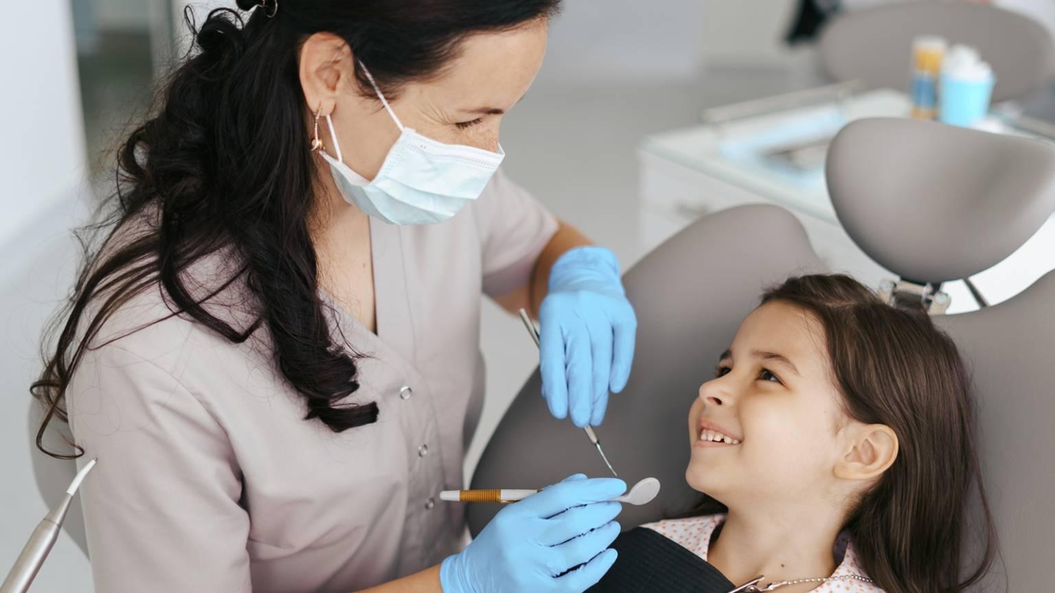 formacao_quando-devo-levar-meu-filho-ao-dentista-1536x864.jpg