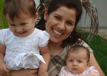 Sônia Venâncio e suas filhas