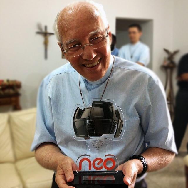 Monsenhor prêmio NeoTV