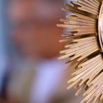 Ironi Spuldaro prega na Quinta de Adoração na Canção Nova