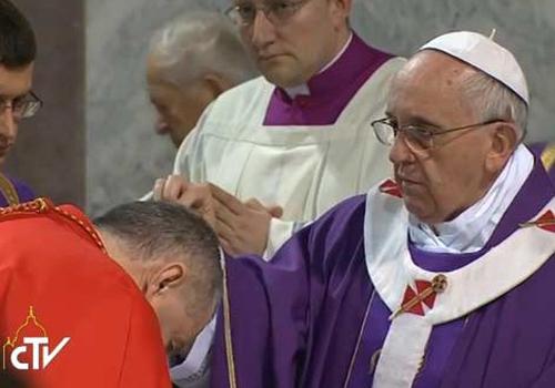 Papa Fracisco durante a celebração do ano anterior (Foto: Reprodução)
