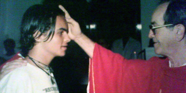 Membro da RCC testemunha sua experiência com o amor de Deus