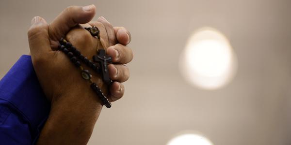 Passe a madrugada em oração ao Pai das Misericórdias