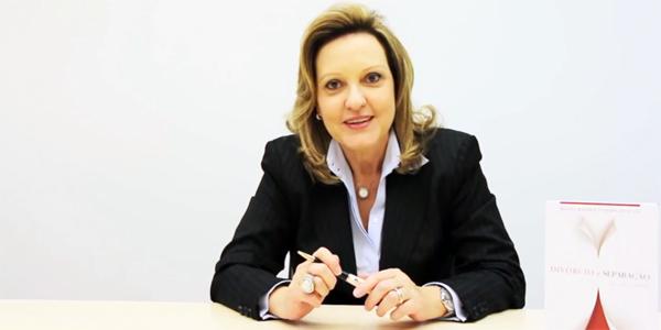 Doutora Regina Beatriz explica o processo dos projetos de lei