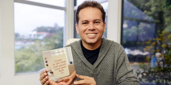 Márcio Mendes é o entrevistado do próprio programa