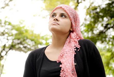 Doação de cabelo a pacientes com câncer é tema de programa