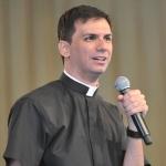 Sacerdote narra influência de monsenhor Jonas em sua vocação