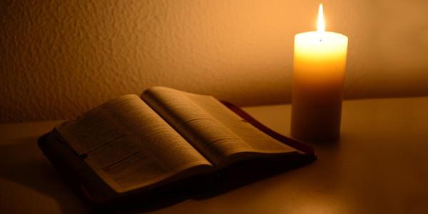 A Palavra de Deus é luz para nossos passos