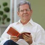 Professor Felipe Aquino fala sobre o sacramento da ordem