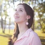 Dermatologista fala os cuidados com a pele no verão