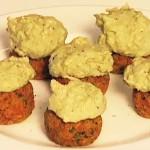 Aprenda a fazer almôndegas de abóbora, cenoura e aveia