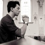 Perdão e reconciliação jovem perdoa ao assassino do próprio pai