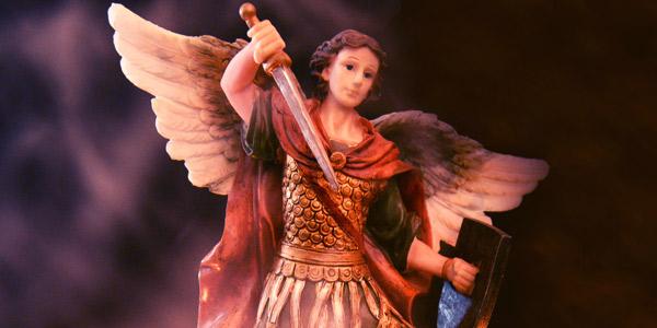 Reze o 28º dia da Quaresma de São Miguel Arcanjo